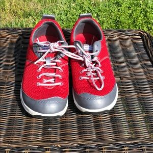 Shoes - Weil Sneakers with 1st Ray Flexor Zone